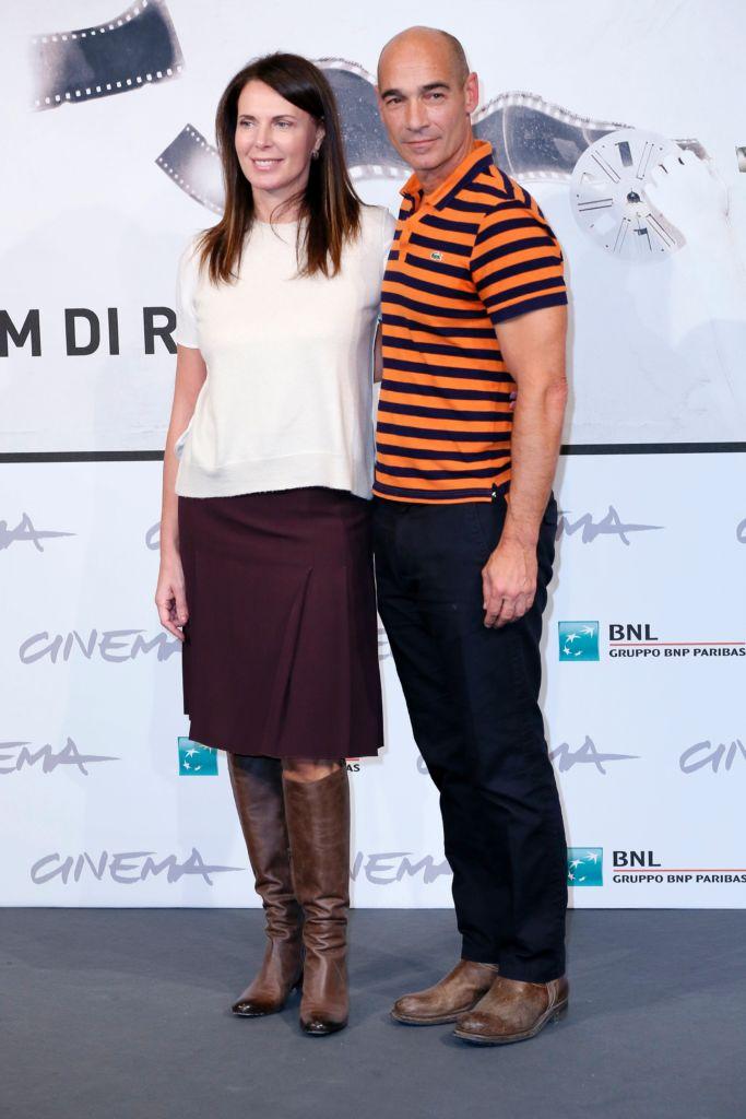 """ROMA FILM FEST - """"E LA CHIAMANO ESTATE"""" - ROMA CINEMA FEST 2012 - FESTIVAL INTERNAZIONALE DEL CINEMA DI ROMA SETTIMA EDIZIONE. PHOTOCALL DEL FILM """"E LA CHIAMANO ESTATE"""" NELLA FOTO JEAN MARC BARR E SONIA RAULE"""